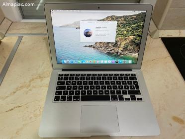 """2015 MacBook Air 13"""" 8GB, Ár alatt"""