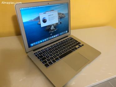 "2015 MacBook Air 13"", Korrekt Áron"