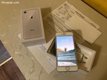 Karcmentes iPhone 8 64GB, Bomba Áron