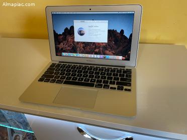 """Újszerű CTO MacBook Air 11"""", i7 8GB"""